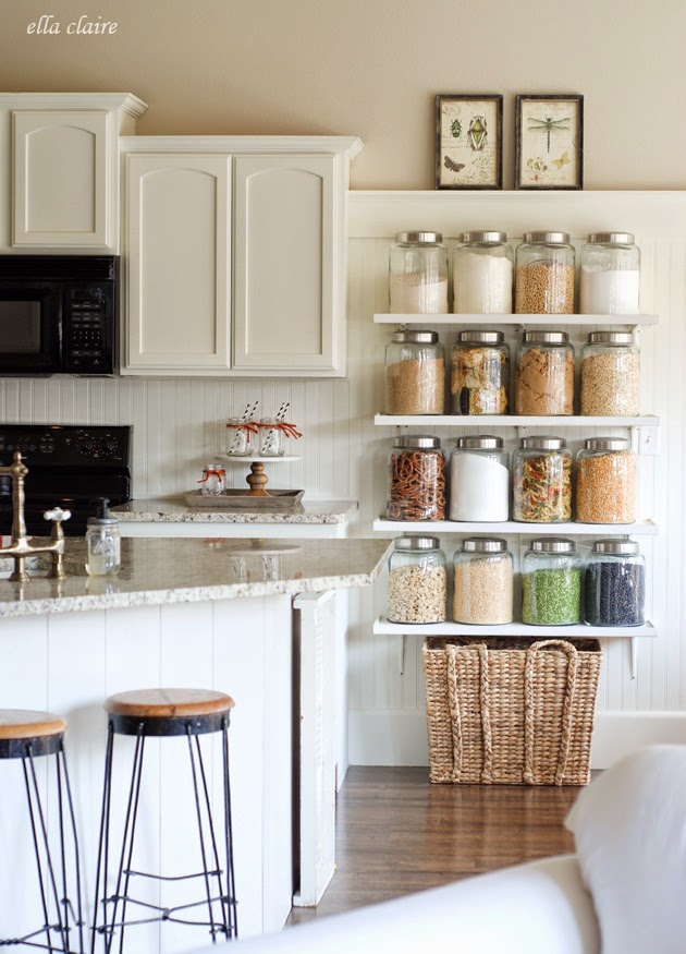 17 clever practical storage ideas for your kitchen blog home via ella claire solutioingenieria Image collections