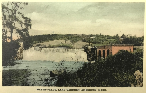 Postcard view of the Lake Gardner dam and powerhouse, ca. 1920. (Courtesy Amesbury Public Library.)