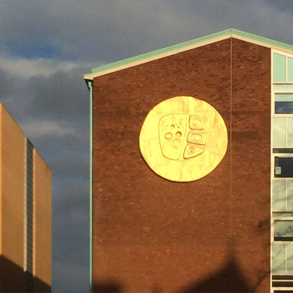 Lynn Chadwick's Manchester Sun on the Williamson Building, University of Manchester (1963).