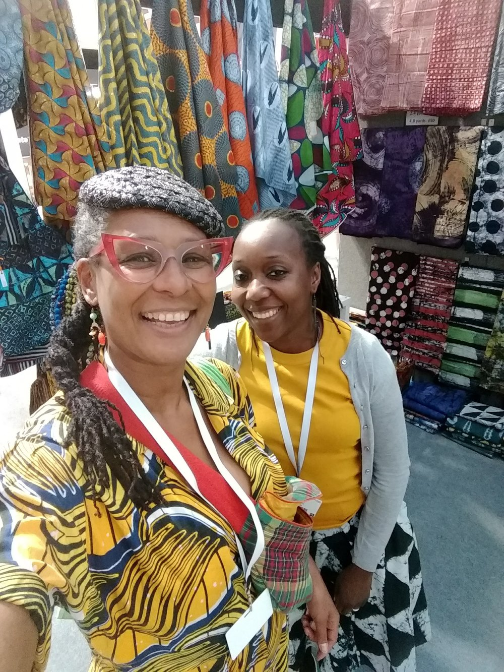 Met up with one of my favourites, Dolape, owner of Urbanstax at my second stint at The Knitting and Stitching Show, this time at Alexandra Palace. Who told me to go to Kensington then? Don't ask. October 2018.