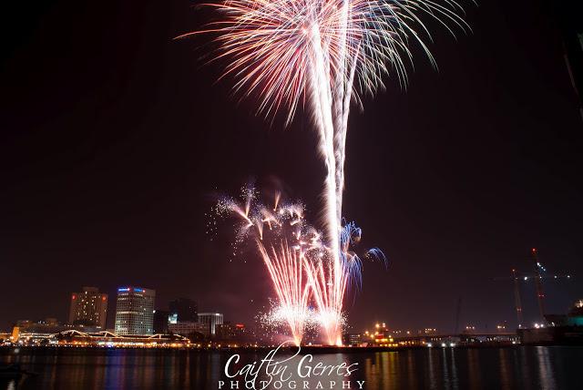 Fireworks-11w.jpg