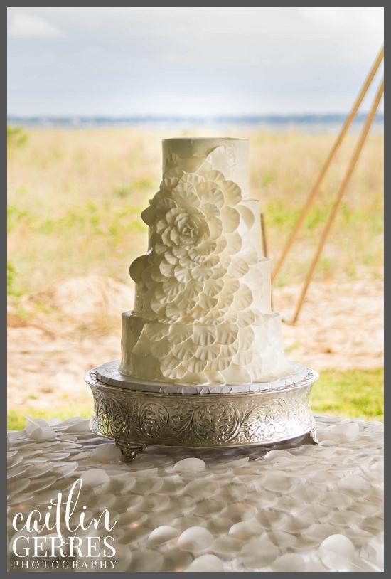 White flower petal cake.jpg