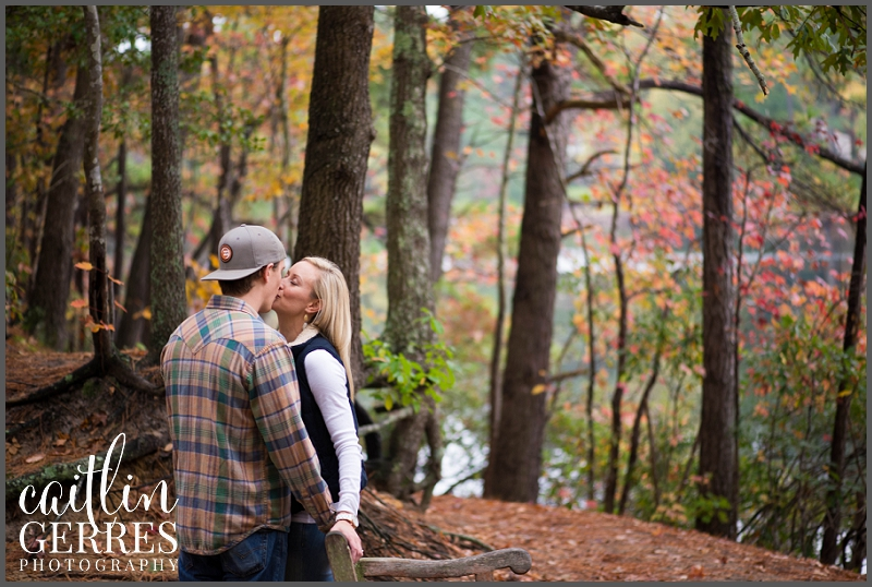 First Landing Park Fall Engagement-128_DSK.jpg
