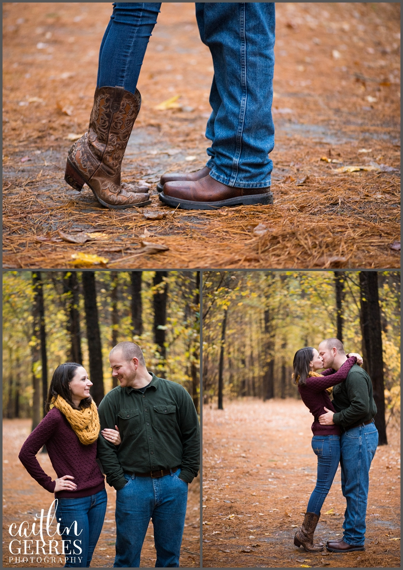 Hampton Roads Fall Engagement Session Photo-13_DSK.jpg