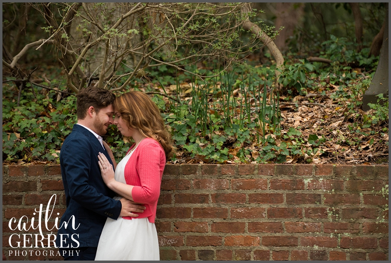 William and Mary Campus Engagement Session Photo-4_DSK.jpg