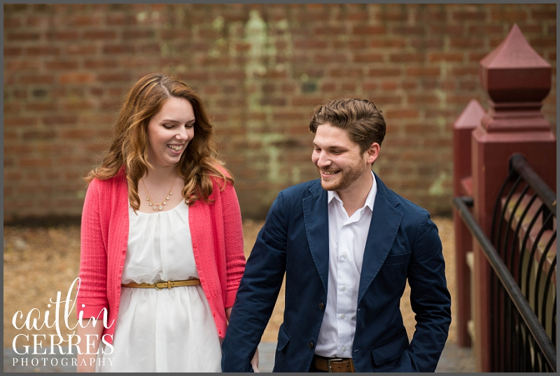 William and Mary Campus Engagement Session Photo-10_DSK.jpg