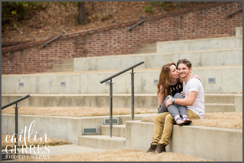 William and Mary Campus Engagement Session Photo-21_DSK.jpg