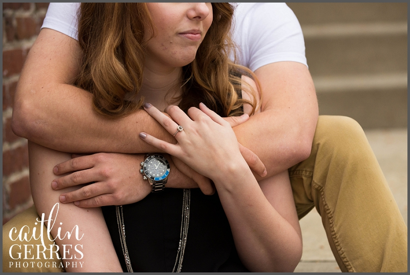 William and Mary Campus Engagement Session Photo-27_DSK.jpg
