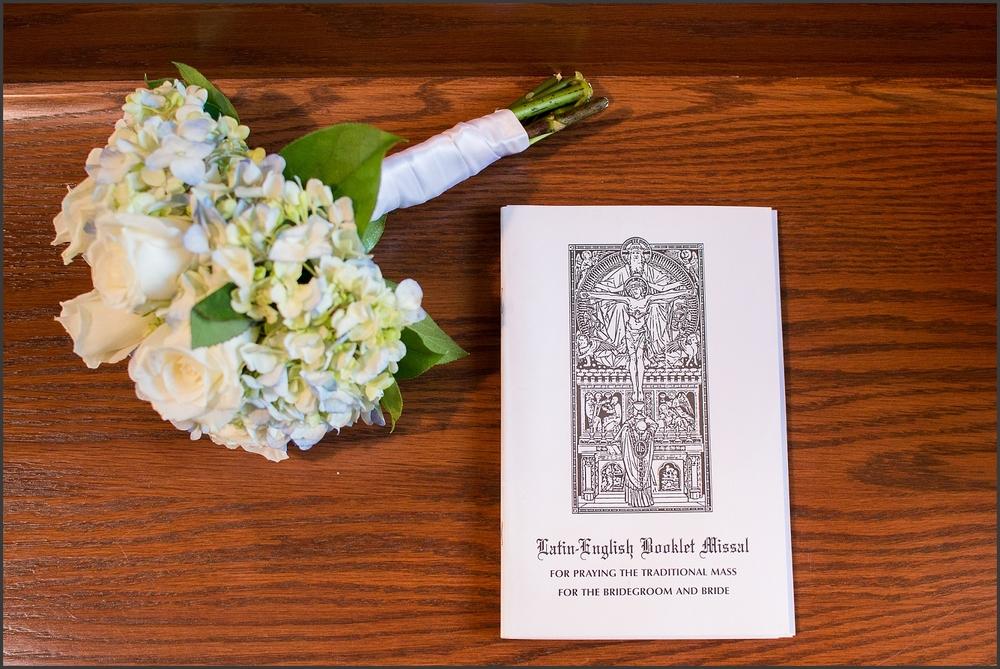Chesapeake Wedding at Greenbrier Country Club-147_WEB.jpg