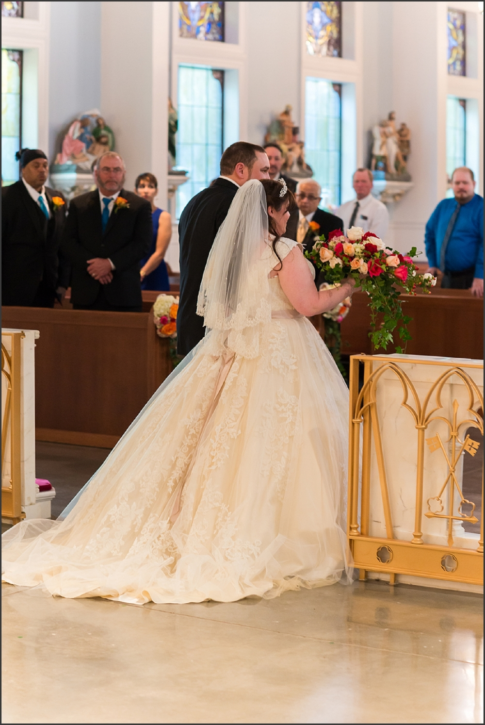 Greenbrier Country Club Wedding in Chesapeake-206_WEB.jpg