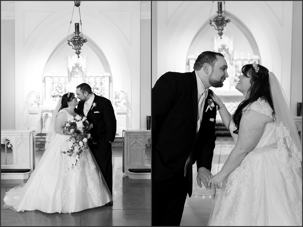 Greenbrier Country Club Wedding in Chesapeake-219_WEB.jpg