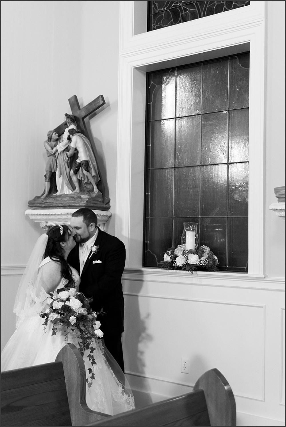 Greenbrier Country Club Wedding in Chesapeake-227_WEB.jpg