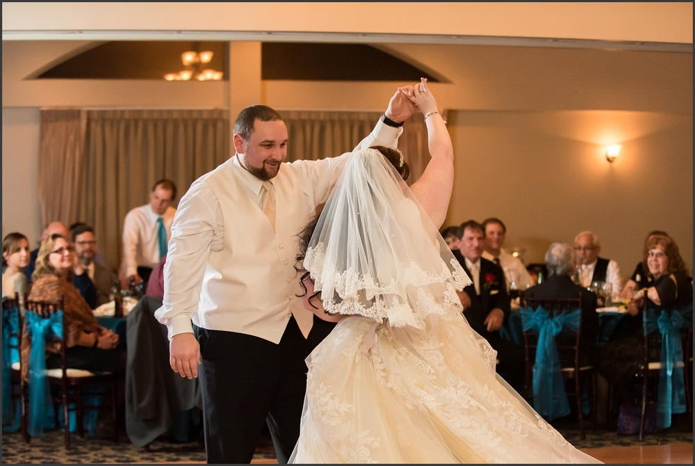 Greenbrier Country Club Wedding in Chesapeake-294_WEB.jpg