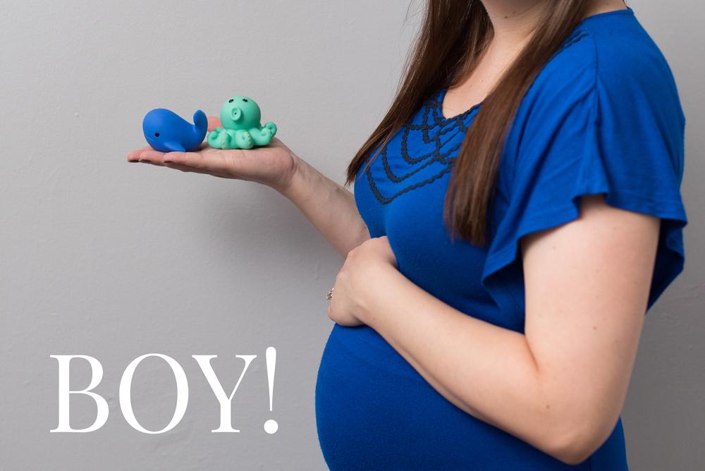 Caitlin's Weekly Baby Photos - Gender - Wk 22-3.jpg