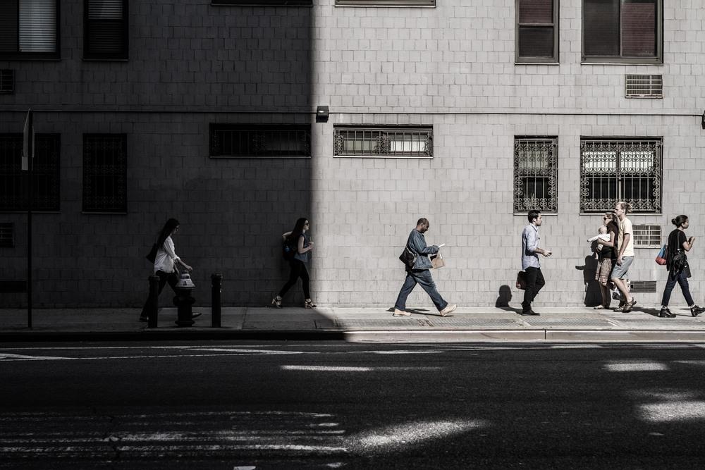 7D-NYC-WVillage-SidewalkWalkers-lowres-1.jpg