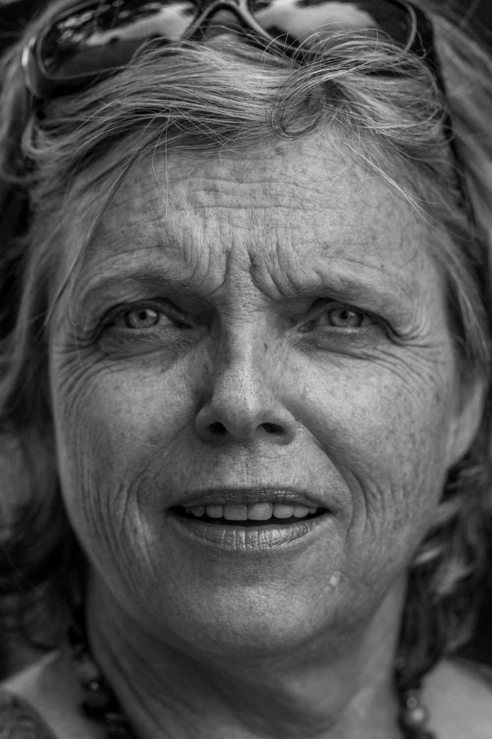 France-PamPortrait1-BW.jpg