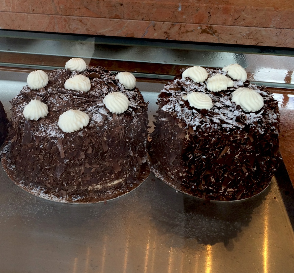 Merveilleuc chocolate cake