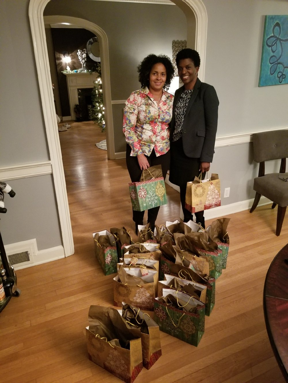 A special THANK YOU! To our friends and partners at the JACK & JILL  organization of New Jersey for their donation of Holiday Care package. These packages were distributed during the holidays to women who were recent victims of a fire. Each bag contained a gift card for $25 in addition to those essential grooming items every woman needs to start her day.