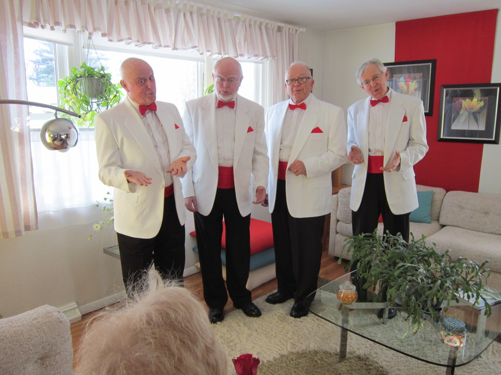 Quartet sings to Susan Coogan 1.JPG