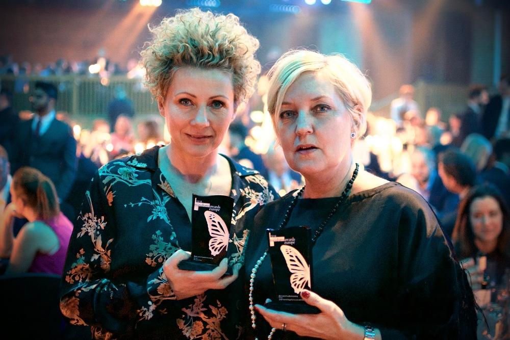 Åhléns chef för butikskoncept Ami Loupeidis tillsammans med Margareta Andersson, ljudarkitekt på Lexter.