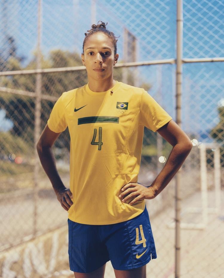 "lovefutbol Entrevista - Aline Pellegrino: ""Ser mulher no Brasil e ..."