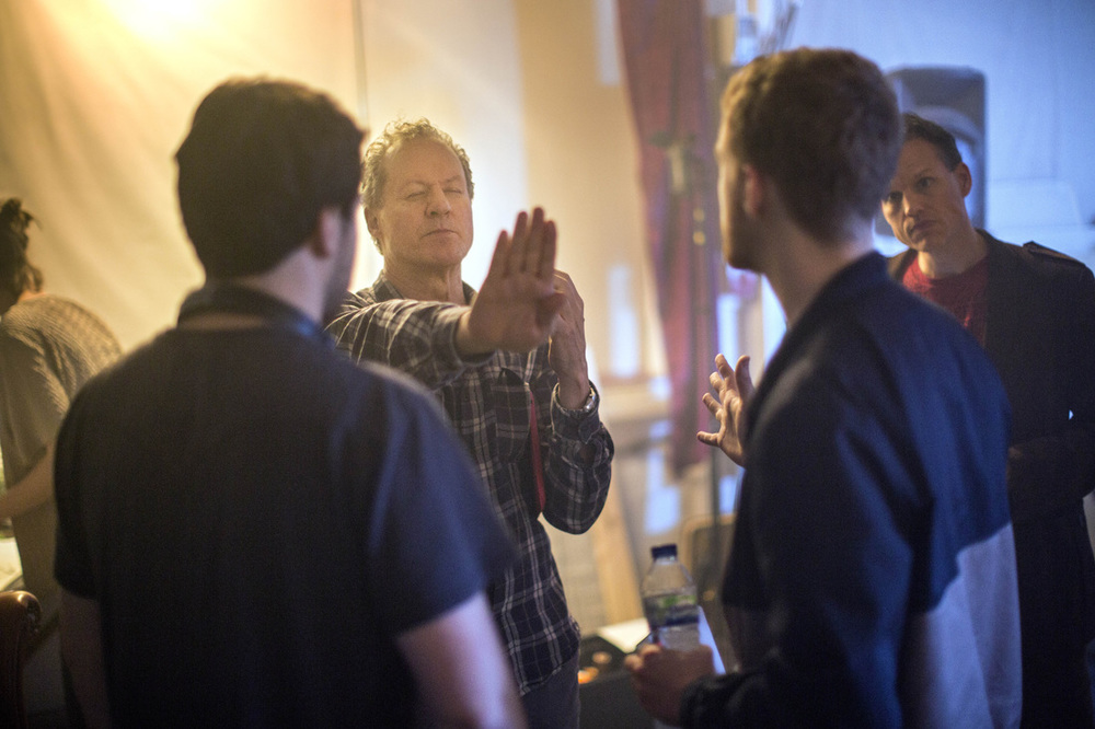 William Hope (as Walter) talking with Director and Writer Mark Towers