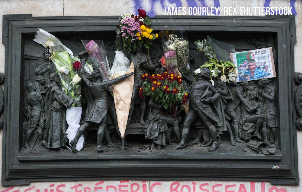 Flowers attached to the monument in Place de la R�publique