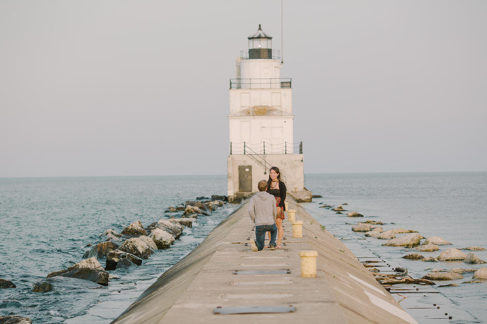 manitowoc-wi-lighthouse-proposal-photo1