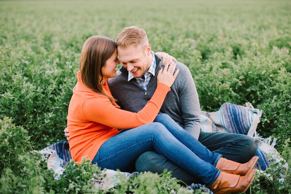 Lake Park Milwakee | Green Bay Engagement Photos | Milwaukee WI Photographers | Wedding Photographers in Madison WI | www.karenann.photography