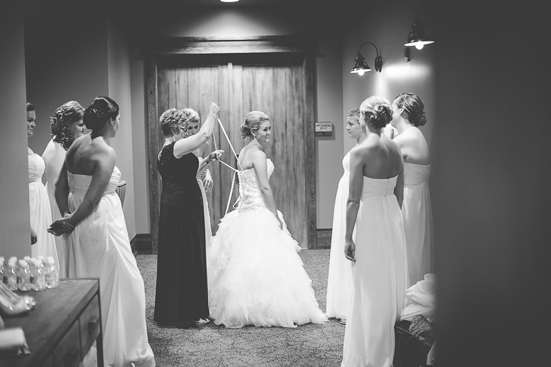 Sentry World Golf Course Wedding | Stevens Point WI | Milwaukee Wedding Photographers | Wedding Photographers in Madison WI | www.karenann.photography