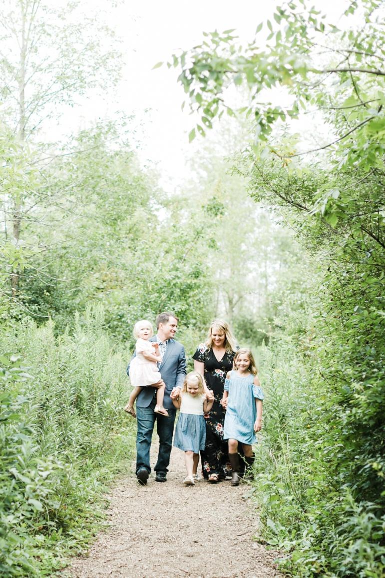 Lions Den Gorge, Milwaukee Family Photographers_4394.jpg