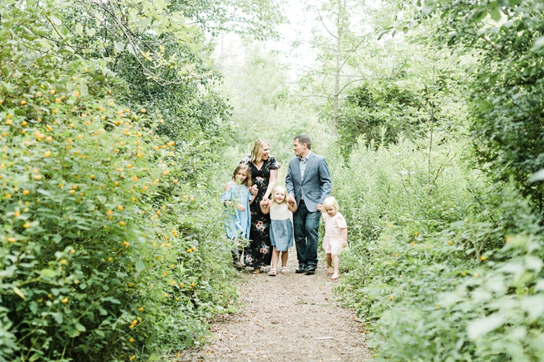 Lions Den Gorge, Milwaukee Family Photographers