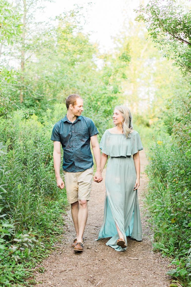 Milwaukee Engagement Photographers | Lion's Den Gorge