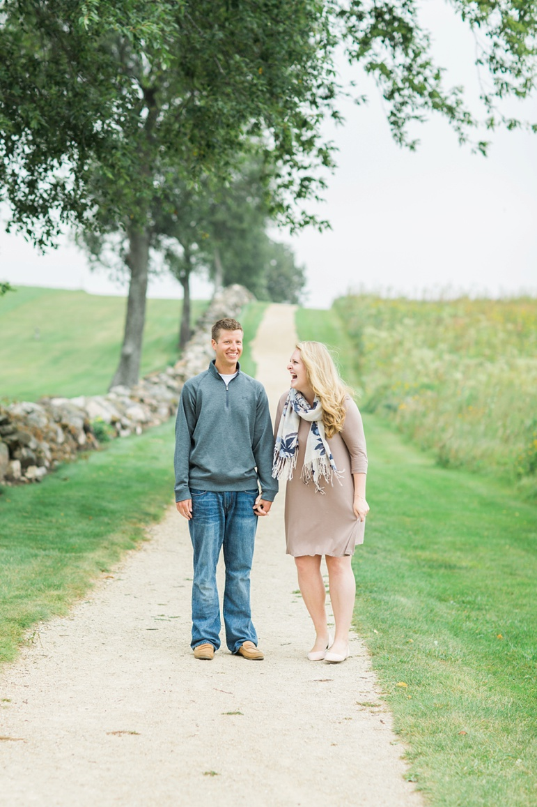 Pope Farm Conservancy Madison WI Engagement Photos_4630.jpg