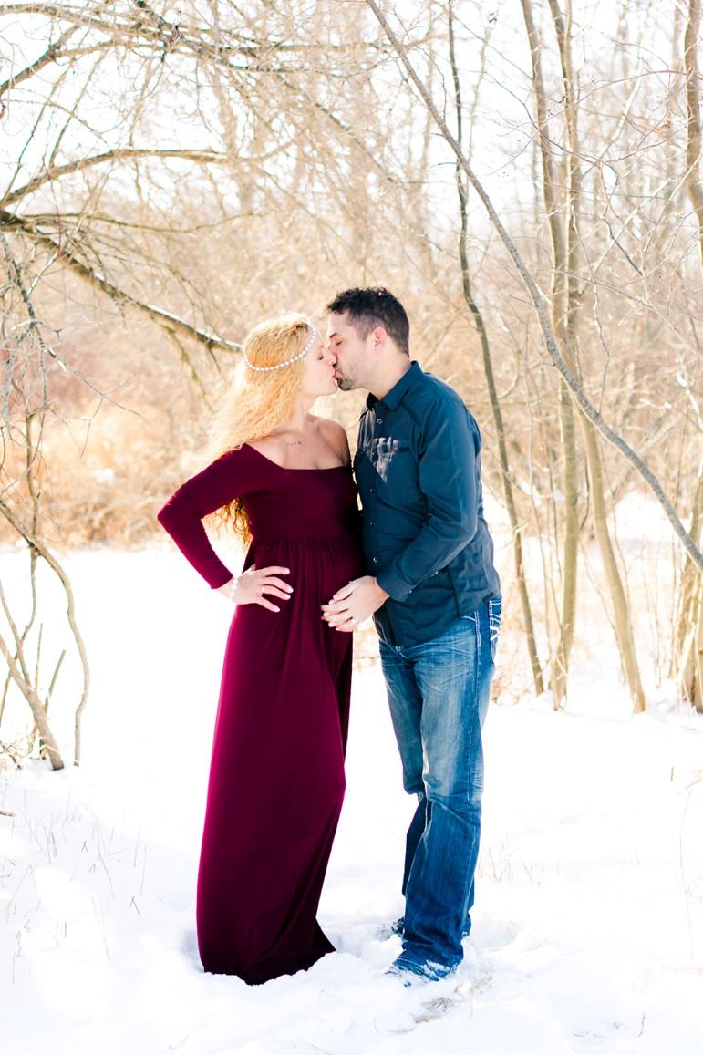 Wisconsin Winter Maternity Photos