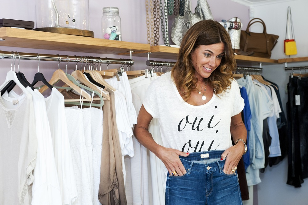 Kelly Bensimon shopping at Cakewalk Style Shop in Houston.jpg