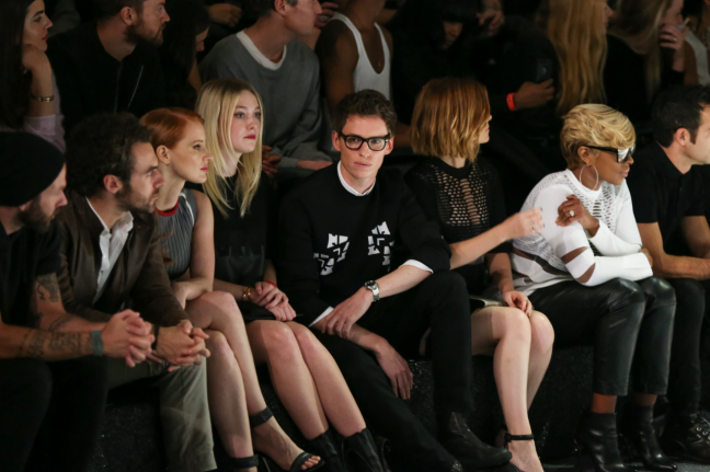 jessica-chastain-dakota-fanning-justin-theroux-mary-j-blige-front-row_low.png