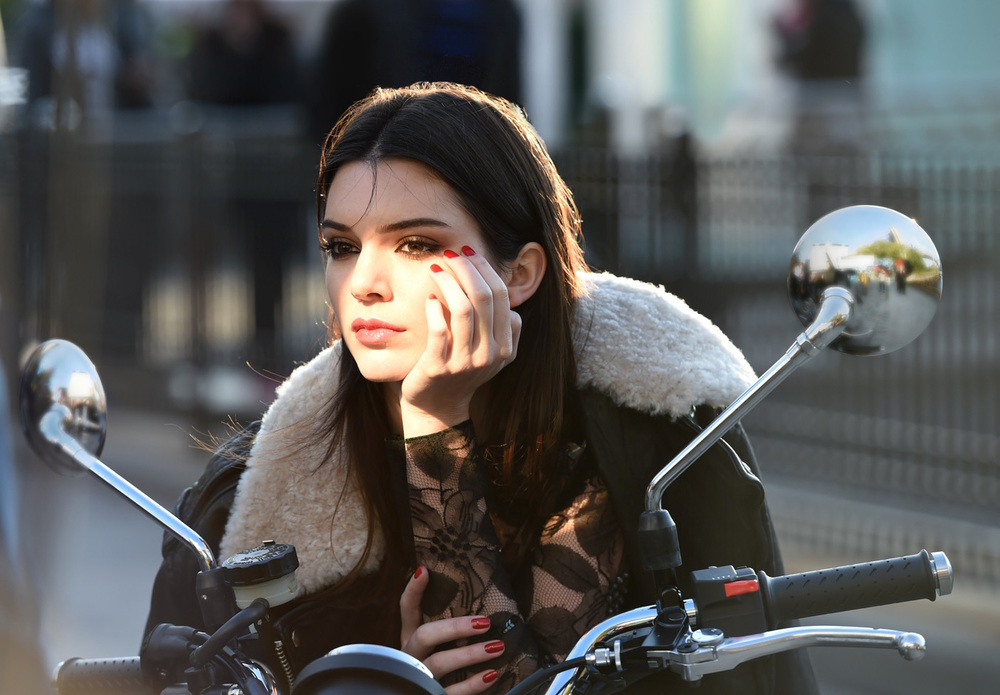 Behind the scenes on an  Estée Lauder  ad shoot with Kendall Jenner. Photo courtesy of Estée Lauder.