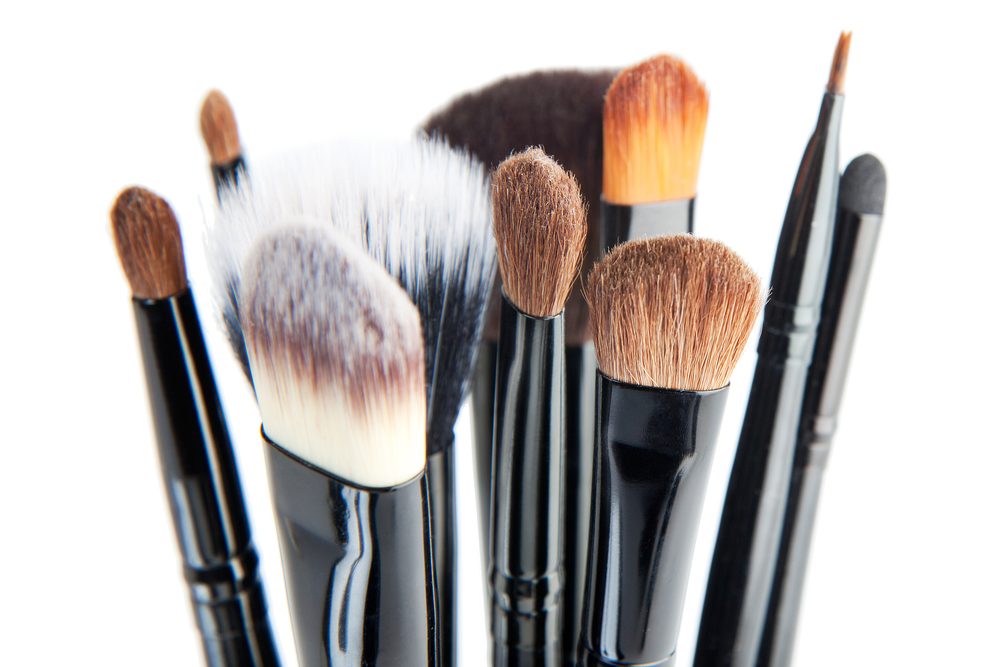 bigstock-Makeup-Brushes-On-A-White-Back-44058877.jpg