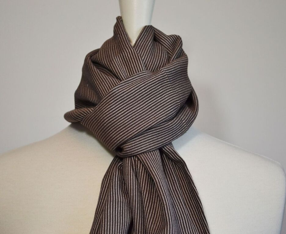 Brown Amoura Scarf.jpg
