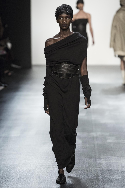 fsfwny22.09f-fashion-week-new-york-h-w-16-17---nicholas-k.jpg