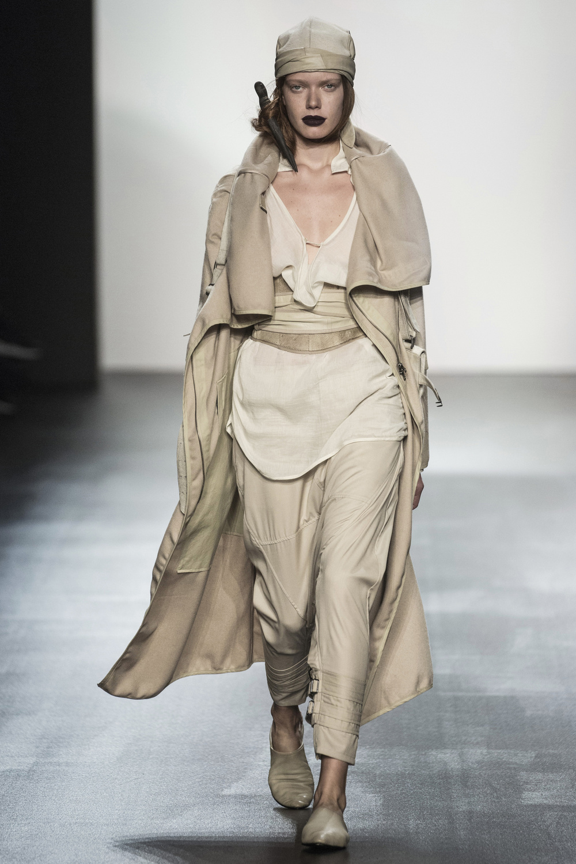fsfwny22.05f-fashion-week-new-york-h-w-16-17---nicholas-k.jpg