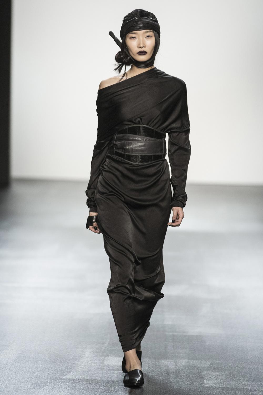 fsfwny22.02f-fashion-week-new-york-h-w-16-17---nicholas-k.jpg