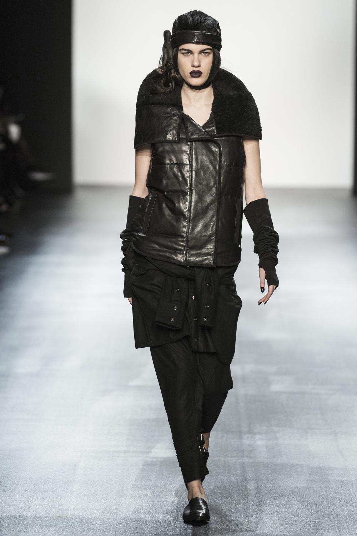 fsfwny22.01f-fashion-week-new-york-h-w-16-17---nicholas-k.jpg