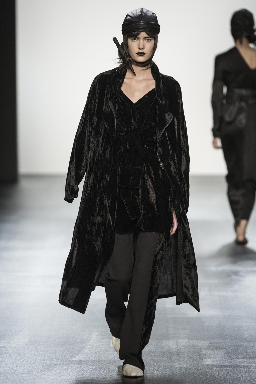 fsfwny22.03f-fashion-week-new-york-h-w-16-17---nicholas-k.jpg
