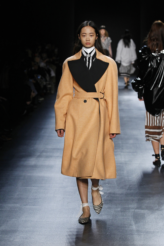 fsfwny23.10f-fashion-week-new-york-h-w-16-17---tome (1).jpg
