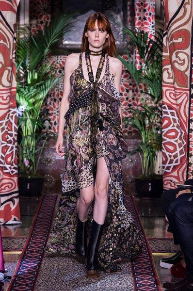 fsfwma11.58com-milan-fashion-week-s-s-2017-roberto-cavalli-2-lowres.jpg