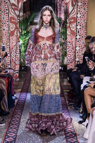 fsfwma11.05com-milan-fashion-week-s-s-2017-roberto-cavalli-lowres.jpg