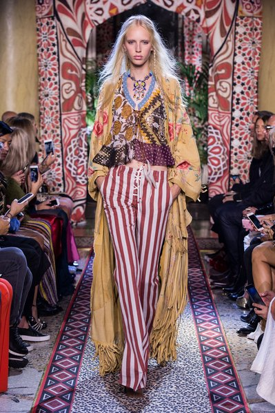 fsfwma11.08com-milan-fashion-week-s-s-2017-roberto-cavalli-lowres.jpg