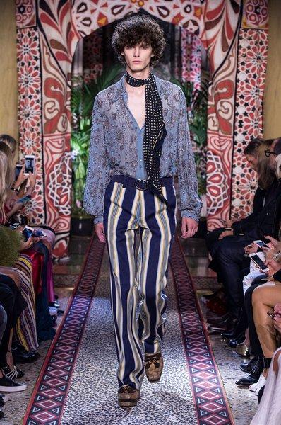 fsfwma11.18com-milan-fashion-week-s-s-2017-roberto-cavalli-lowres.jpg